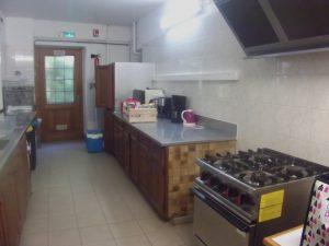La cuisine de la TaniA?re, base d'accueil des scouts et guides de France